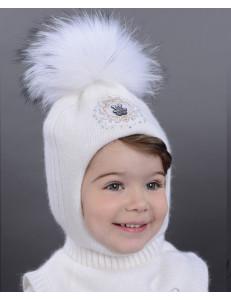 Шапка-шлем для девочек белого цвета с бусинками ОБАЯШКА